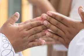 Keutamaan Memaafkan Orang Lain: Allah SWT Muliakan Pemaaf