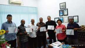 SPS Riau Serahkan Sertifikat Keanggotan 28 Media