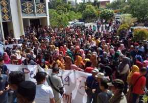 Demo Tolak TPS di STC Dibongkar, Perwakilan Pedagang Rapat Tertutup Bersama DPRD