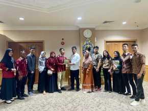 Muhammad Rudi terima kunjungan IPMKOB Pekanbaru di Kantor Walikota Batam