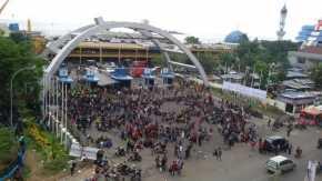 Ribuan Kader HMI Padati Pelabuhan Soekarno Hatta Menuju Riau