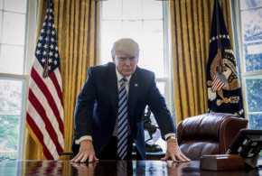 Donald Trump Ucapkan Selamat Atas Kemenangan Johnson