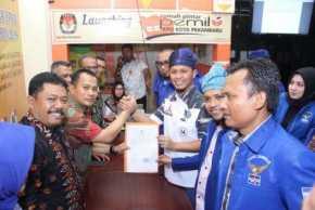 Daftarkan Bacaleg ke KPU Pekanbaru, Agung Optimis Demokrat Menangkan Pemilu 2019