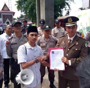 HUT Kejaksaan RI ke-59, Aliansi Mahasiswa Inhu Hadiahi Tuntutan untuk Kejati Riau