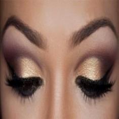 Dalam Make up, Merias Wajah Harus Dimulai dari Bagian Mata