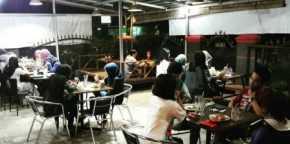 Pengusaha Kuliner Di Pekanbaru, Fika Cutria Aghas Mengubah Garasi Mobil Menjadi Kafe