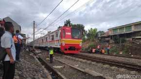 Lumpuh Sejak Kemarin, Jalur Jakarta-Bogor Akhirnya Dilintasi KRL Lagi