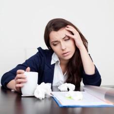 Banyak Karyawan yang Sakit Kronis Tetap Masuk Kerja karena Takut Dipecat