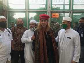 Baru Bebas, Bahar bin Smith Kembali Dijemput Masuk Tahanan
