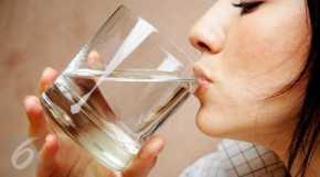 Tiga Waktu Paling Tepat untuk Minum Air Putih