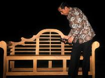 Pihak Istana Menegaskan Jokowi  Tak Punya Akun Twitter dan FB, Lalu Siapa Akun Bodong @jokowi_do2 ?