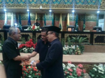 Advetorial, Paripurna DPRD Riau Sampaikan Pokok Pikiran Terhadap APBD-P 2016
