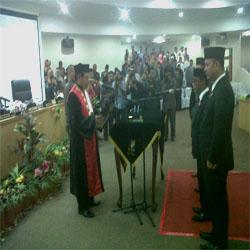 Ketua dan Wakil Ketua DPRD Kabupaten Kampar Dilantik