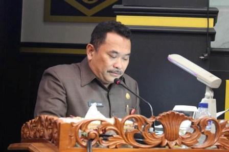 DPRD Pekanbaru Sahkan Perda Hak Keuangan, Para Wakil Rakyat Tak Lagi Gunakan Mobil Dinas