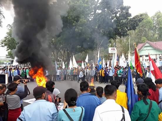 Aksi Nasional Aliansi BEM SIdi Pekanbaru