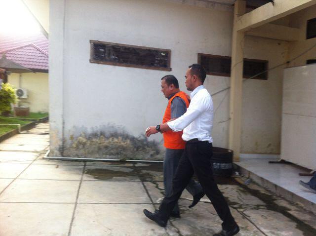 Kasus Dana Pengamanan Pilkada, A mius Resmi Ditahan Polres Kampar
