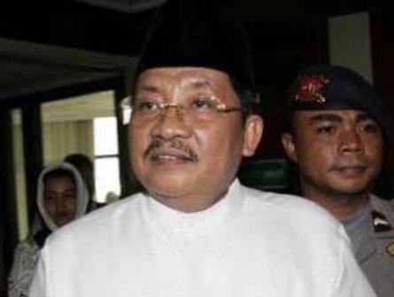 Kasus Bhakti Praja ,Tengku Azmun Jaafar Diperiksa Polda Riau