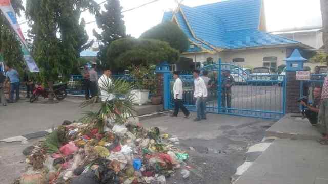 Dilaporkan ke Polres Karena Demo Sampah, KAMMI: Walikota Pekanbaru Frustrasi