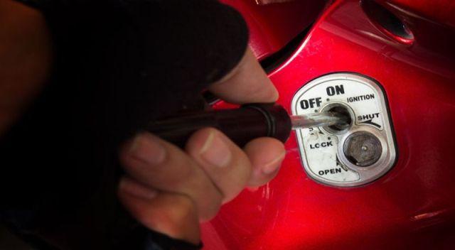 Maling Motor di Kampus Unilak Pekanbaru Ditangkap Tim Opsnal Polsek Rumbai