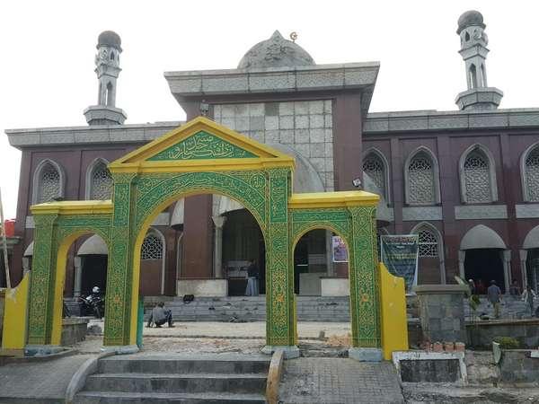 Kata Pengurus Masjid, Turis Kecewa Masjid Raya Pekanbaru Dirombak