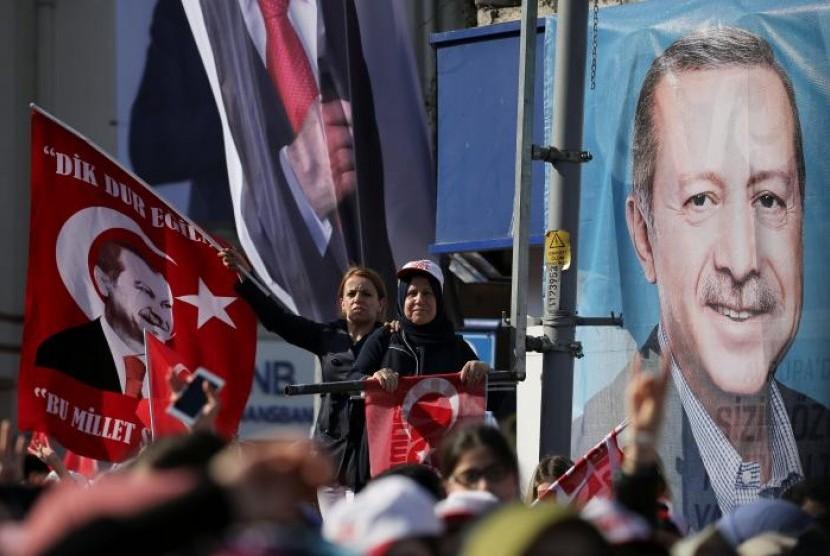 Empat Partai Oposisi Bergabung Melawan Erdogan