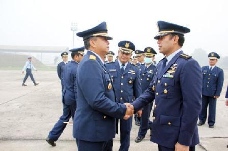 Danlanud Marsekal Pertama TNI Henri Alfiandi Kecam LSM dan LAM Riau Gugat Pemerintah Soal Karlahut