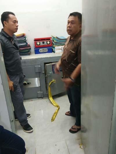 BRI Unit Kotabaru di Bobol Maling, Uang 1 Milyar Lebih Raib