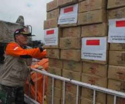Hadapi Bencana Asap, Kemenkes Bantu Riau Tiga Juta Ton Makanan