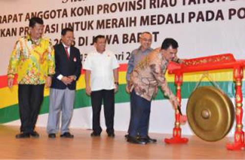 Advetorial- Pemkab Kampar Komitmen Sukseskan Pelaksanaan Pekan Olahraga Provinsi 2017 mendatang