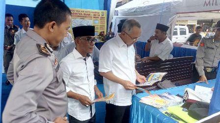 Gubri Beserta Ketua DPRD Kampar Tinjau Pos Pelayanan Mudik Di Kabupaten Kampar
