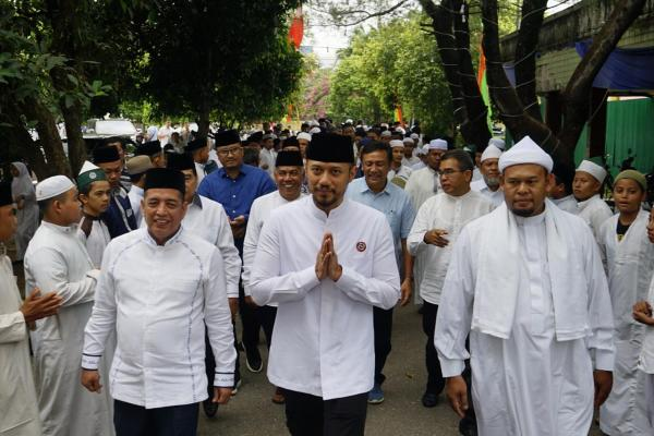 AHY Tiba di Pekanbaru Langsung Menuju Pesantren Babussalam