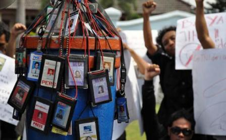 Merasa Dilecehkan oleh karyawan PT Pertamina Field EP Lirik, Puluhan Wartawan Datangi Polres Inhu