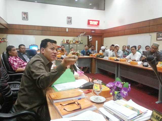 Lampu Jalan Diputus Secara Sepihak, Suhardiman: Usir dari Riau Pejabat PLN yang Bermental Kapitalis