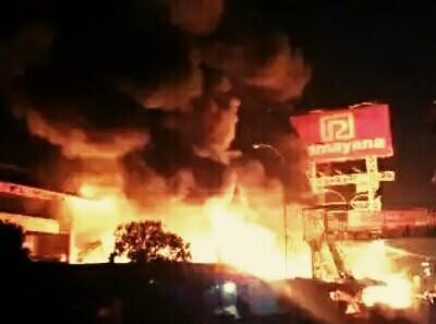 Ribuan Pedagang Jadi Penggangguran Akibat Kebakaran Pasar Ramayana