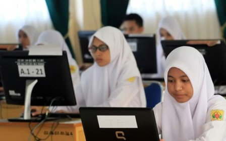 Disdik Riau Klaim Hari Pertama UNBK Di Dumai Lancar