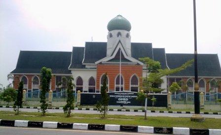 Bungaran M. Hutajulu dan Miduk Gurning , Anggota PAW Siak Resmi Dilantik