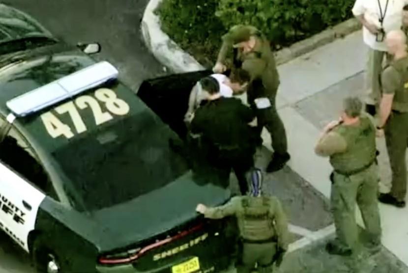 FBI Gagal Bertindak terhadap Penembakan di Sekolah Florida