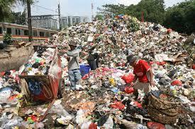 Tak Becus Kelola Sampah, Walikota Pekanbaru Terima Gugatan Masyarakat