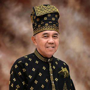 Gubernur Riau Arsyadjuliandi Rachman resmi menyandang gelar Datuk Seri Setia Amanah
