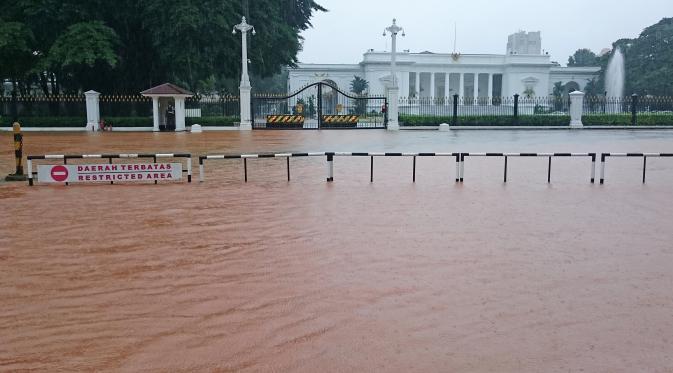 Banjir Sentuh Istana, Jokowi Akan Panggil Ahok