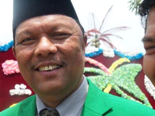 Mentang-mentang Banyak Duit , Azis Zainal Bakal Borong Partai di Kampar