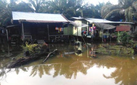K3S Kunsing Serahkan Bantuan Untuk Korban Banjir Setempat