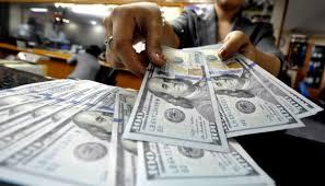 Dolar AS Melemah di Tengah Data Ekonomi yang Baru Dirilis