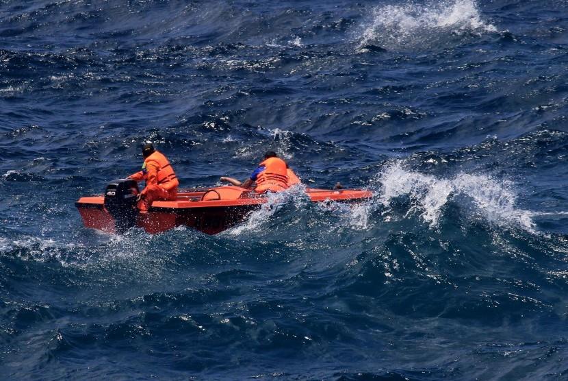 Speedboat Terbalik, 5 Penumpang Anak Dinyatakan Hilang