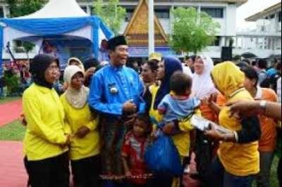 2.500 Petugas Kebersihan Terima Bingkisan Lebaran dari Walikota Pekanbaru