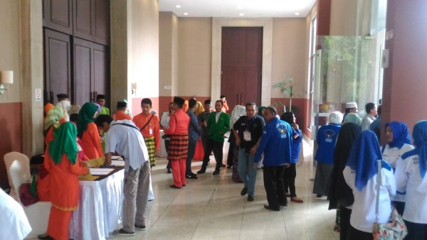 Simpatisan Calon Gubernur Mulai Jejali Hotel Aryaduta