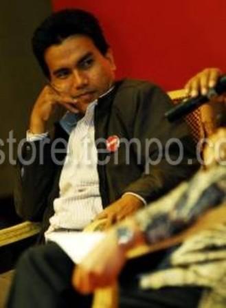 Bahas Bencana Asap, Johny Setiawan Mundung Tantang  Ahmad Kuswara Ketua APHI Riau Debat Terbuka