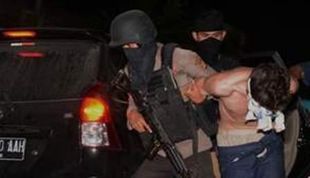 Polisi Amankan Dua Warga Pekanbaru Terduga ISIS