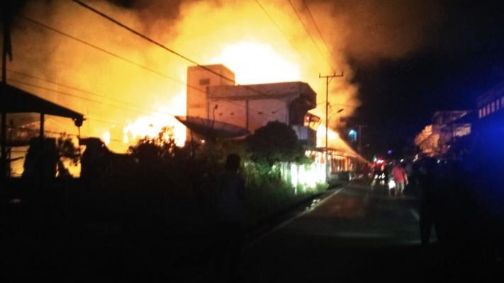 7 Unit Rumah di Kota Selatpanjang Hangus Terbakar