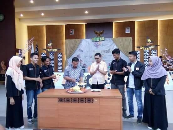 Sweet Seventeen Milad Teknik Industri UIN Suska Riau
